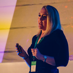 Let's do AI – How Artificial Intelligence is Amplifying Human and Marketing Ingenuity – Ellie England's Benchmark 2018 talk review